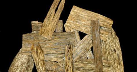 menjual kayu gaharu terbaik kalimantan quot jimat judi