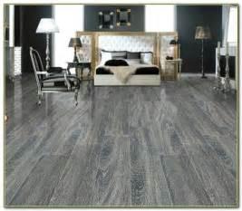 pergo flooring at menards menards laminate flooring top ceramic tile looks like