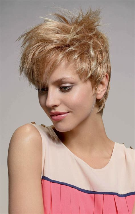 Frauen frisur vorne kurz hinten lang. Kurze Haare Langer Nacken