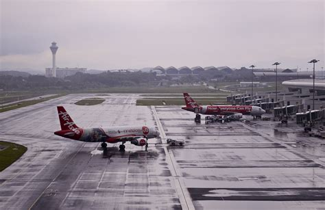 klia2 still sinking airasia tells airport authorities mrm