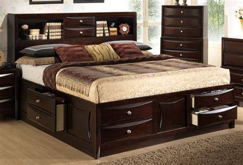 bedroom organize  room  queen headboard