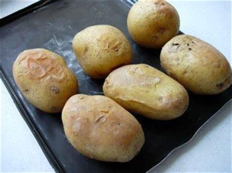 cuisine facile com pommes de terre au four beurre ou