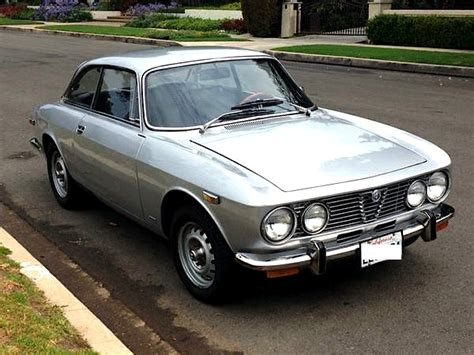 1972-1974 Alfa Romeo 2000 Gtv