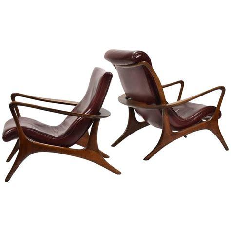 vladimir kagan contour lounge chairs and ottoman for sale