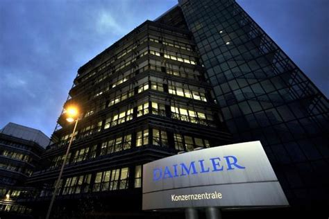 Daimler And Nissan To Invest .36 Billion To Develop