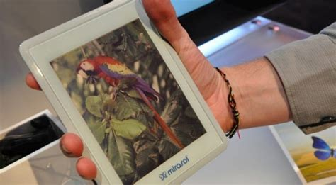 color e ink why qualcomm s mirasol color e ink display isn t vaporware