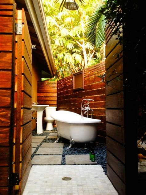 30 Outdoor Bathroom Designs  Home Design, Garden