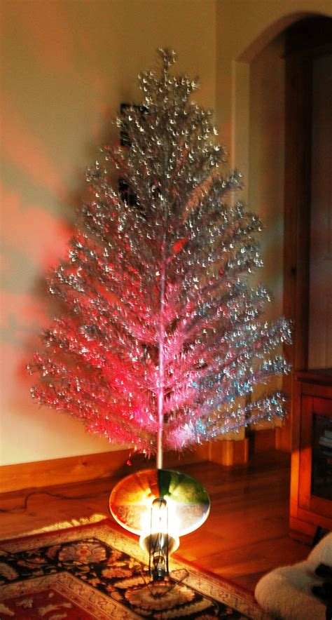 aluminum christmas tree with color wheel and musical tree