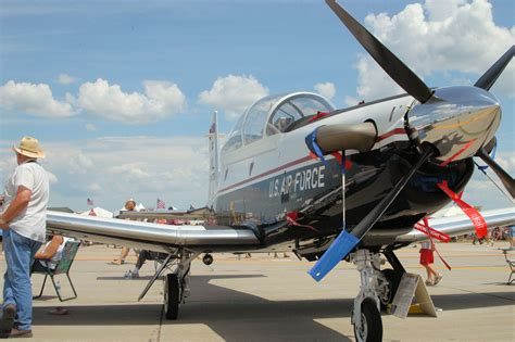 what is a texan t 6 texan ii walk around page 1