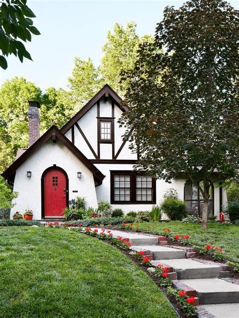 Homes With Great Curb Appeal In Austin, Texas  Red Front