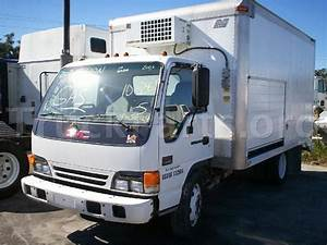 2003 Gmc W4500 Salvage  Repairable Truck  Engine  Gm 5 76