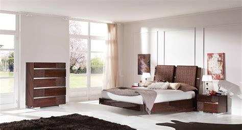bedroom furniture contemporary modern 20 awesome modern bedroom furniture designs 14286   Modern bedroom furniture fabulous italian design 1024x553