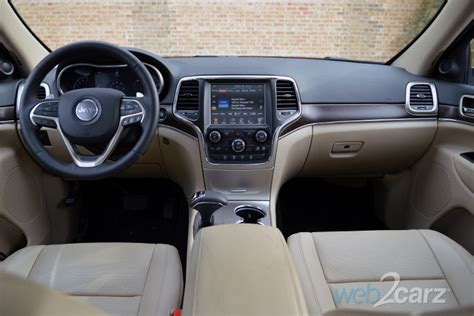 jeep grand cherokee interior 2015 2015 jeep grand cherokee limited 4x4 review web2carz