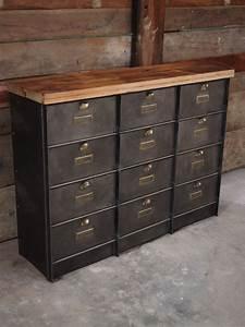 Petit Casier Metal : ancien grand meuble 12 casiers industriel strafor plateau ~ Teatrodelosmanantiales.com Idées de Décoration