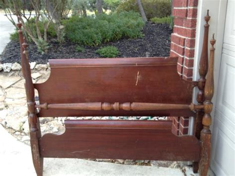 How To Make A Footboard by 15 Ways To Make An Inexpensive Headboard