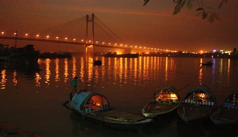 Boat Ride On Ganges In Kolkata by 12 Places In Kolkata For Couples 2018