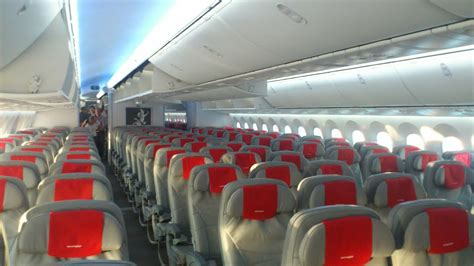 norwegian air shuttle  dreamliner experience osl