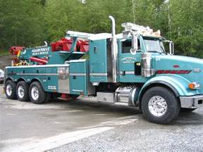 Heavy Duty Tow Trucks Towing