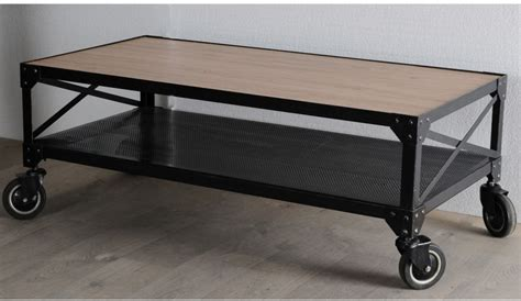 table et chaise cuisine pas cher table basse design loft metal noir et chene table basse