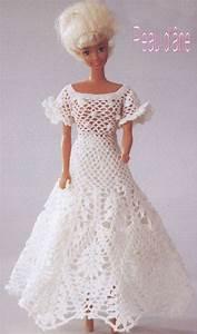 les 25 meilleures idees de la categorie vetements barbie With robe de barbie au crochet avec explication en francais