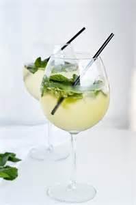 light hugo cocktail elderflower prosecco cocktail mitzy at home