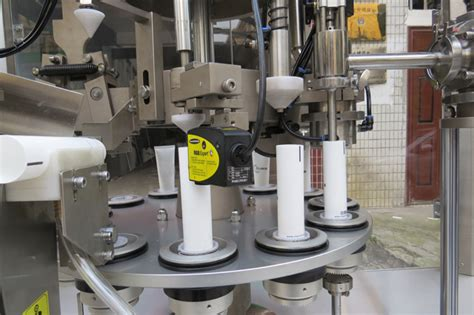 curved tubes filling sealing machine special tube  tail