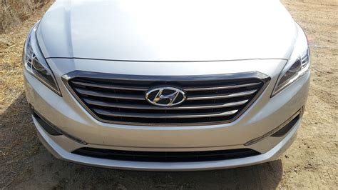 hyundai sonata eco  car  buy  nominee