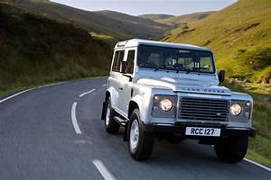 Land Rover Les Ulis : voiture de l gende land rover defender le 4x4 depuis 1948 ~ Gottalentnigeria.com Avis de Voitures
