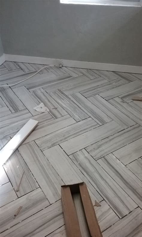help or light grey grout for floor tiles