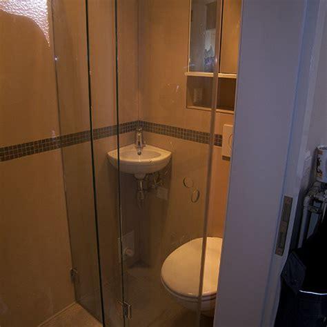 Duschbad Auf 1,2 Quadratmeter (bad 051)  Bäder Dunkelmann