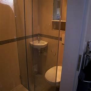 5 Qm Küche Einrichten : duschbad auf 1 2 quadratmeter bad 051 b der dunkelmann ~ Bigdaddyawards.com Haus und Dekorationen