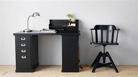 bureau metal ikea the best desk from ikea 39 s 2016 catalogue lifehacker
