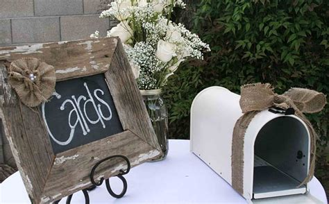 The Best Wedding Table Gift Card Holders Gift table