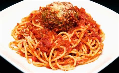boulettes de viande sauce tomate cuisine italienne boulettes de viande saveur loubia recettes de cuisine