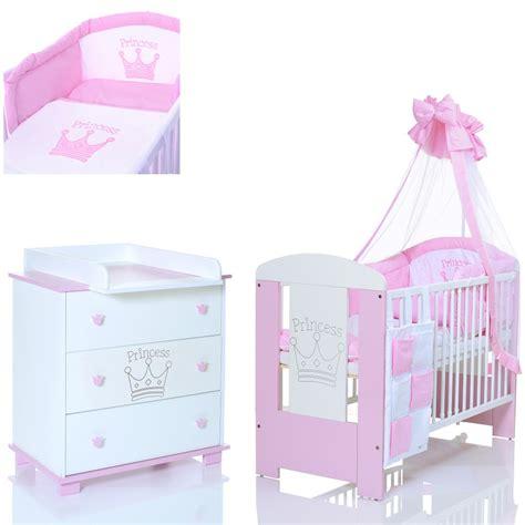 baby bettwäsche mädchen was bieten babyzimmer komplett sets lcp