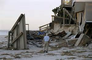 Picking Up The Pieces  Florida Residents Left  U0026 39 Feeling