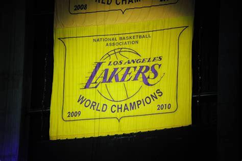 NBA, niente banner celebrativo per i Los Angeles Lakers ...