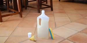 Nettoyant Sol Maison : nettoyant sol fait maison la recette parfaite au savon ~ Farleysfitness.com Idées de Décoration