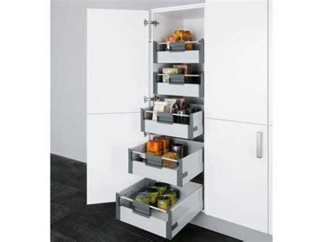 tiroir de cuisine coulissant des placards malins pour une cuisine impeccable