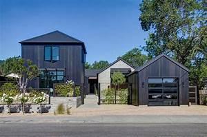 Contemporary Farmhouse In California USA
