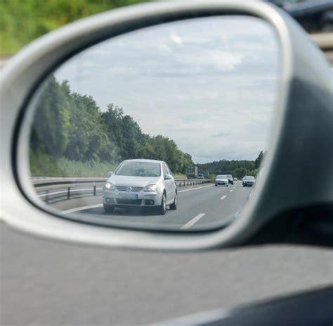 wie schnell darf ein lkw fahren automatische mitschuld f 252 r schnellfahrer recht