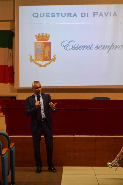 Ufficio Immigrazione Pavia by Polizia Di Stato Questure Sul Web Pavia