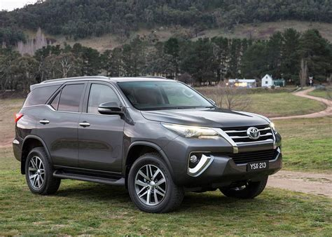 Toyota Fortuner 4k Wallpapers by Toyota Fortuner Car Wallpapers 2016 Xcitefun Net