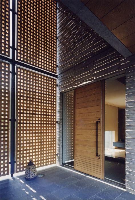 subtle asian entrance designs   invite