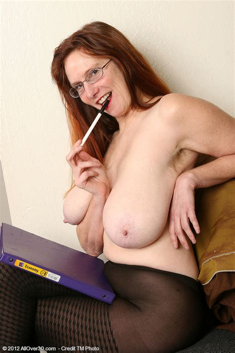 Office Milf Breeze Get Naked In The Office Milf Fox