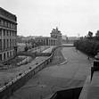 BBC - GCSE Bitesize: The Berlin Wall as a symbol