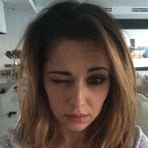 Is Cheryl Really Make Up Free In This Selfie Shemazing
