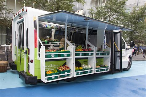 cuisine mobile foodshare 39 s food trucks aim to give grocery stores