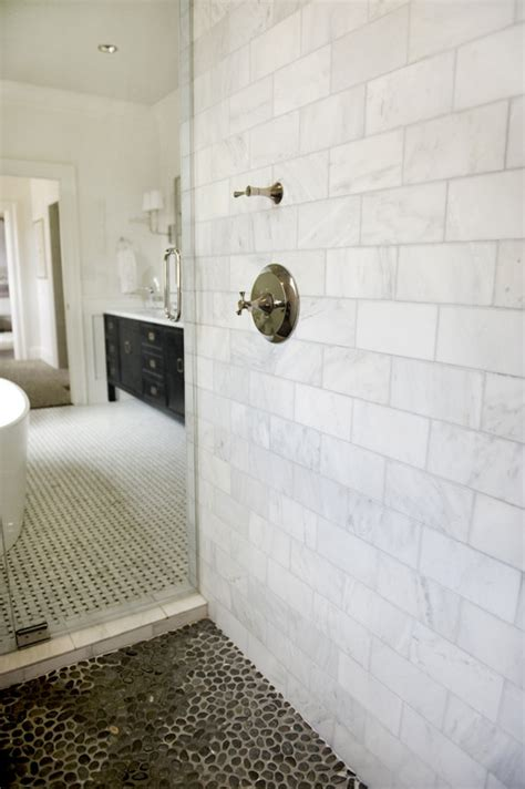 shower walls carrara marble  size marble tiles