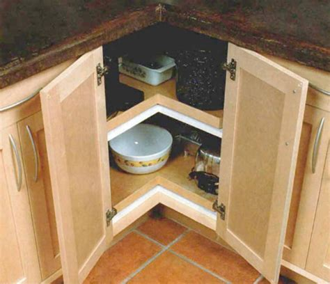 kitchen cabinet lazy susan building a lazy susan cabinet homebuilding 5560